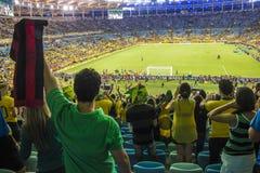 Les confédérations mettent en forme de tasse 2013 - le Brésil X Espagne - Maracanã Image libre de droits
