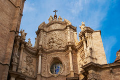 Les constructions historiques avec la dentelle affronte l'Espagne photo stock