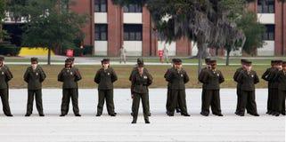 Les corps des marines d'Etats-Unis reçoivent un diplôme dans l'opération photographie stock libre de droits