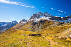 Les couleurs de l'automne dans les Alpes Photographie stock libre de droits