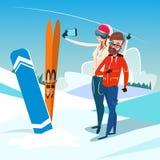 Les couples équipent et femme avec des vacances de sport d'activité d'hiver de Ski Snowboard Take Selfie Photo illustration de vecteur