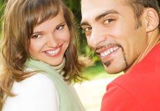 les couples aiment des jeunes Image stock