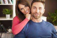 les couples autoguident aimer Photo libre de droits