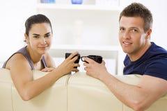 les couples autoguident parler Image libre de droits