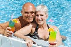 les couples mûrissent relaxed Image libre de droits