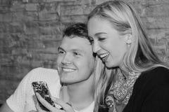 Les couples mangent ensemble Et la fin d'amour Photographie stock libre de droits