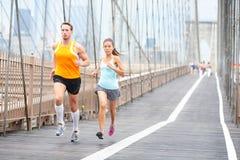 Les coureurs couplent le fonctionnement à New York Photographie stock