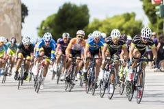 Les cyclistes concurrencent dans les rues centrales de Salonique pendant le t Images stock