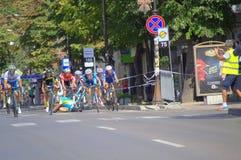 Les cyclistes se heurtent à la finition de course Photos libres de droits