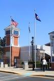 Débouchés d'usine de Primium au coin de Leesburg Images libres de droits