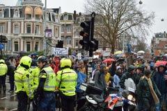 Les démonstrations marchent pour des politiques plus fortes de changement climatique aux Pays-Bas photos libres de droits