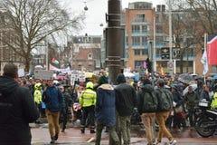 Les démonstrations marchent pour des politiques plus fortes de changement climatique aux Pays-Bas photographie stock
