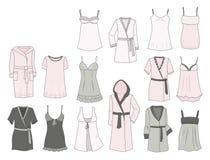 Les déshabillés et les robes longues des femmes Image libre de droits