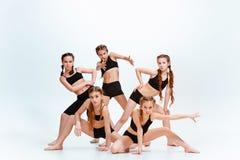 Les danseurs d'école de danse d'enfants, de ballet, de hiphop, de rue, géniaux et modernes Photos stock