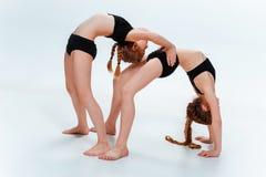 Les danseurs d'école de danse d'enfants, de ballet, de hiphop, de rue, géniaux et modernes Photographie stock