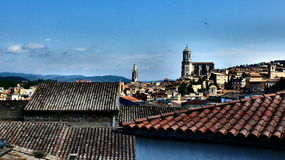 Les dessus de toit de Gérone Photos libres de droits