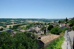 Les dessus de toit des maisons dans Lauzerte Image stock
