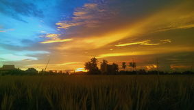 Les deux couleurs du ciel Photographie stock libre de droits