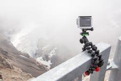 LES DIABLERETS, ZWITSERLAND - JULI 22, 2015: Close-up van GoPro hij Royalty-vrije Stock Foto