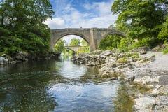 Les diables jettent un pont sur près de Kirkby Lonsdale, Cumbria Photo stock