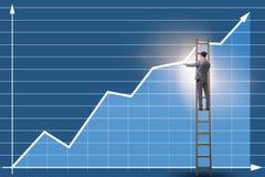Les diagrammes de dessin d'homme d'affaires se tenant sur l'échelle Photos stock