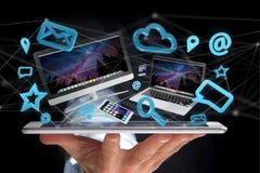 Les dispositifs aiment le smartphone, le comprimé ou l'ordinateur volant au-dessus du connecti Photo stock