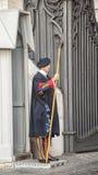 Les dispositifs protecteurs suisses de Vatican, Italie Photographie stock libre de droits
