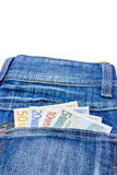 Les diverses euro notes dans des jeans soutiennent la poche Photographie stock libre de droits