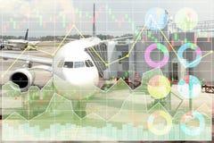 Les données de vente d'affaires montrées profitent et succès dans le voyage et le t Photos libres de droits