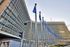 Les drapeaux d'anf de bâtiment de Berlaymont Photo stock