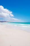 Les dunes de sable dans Aomak échouent la zone protégée, île d'île de Socotra, Yémen, détendent, lune de miel, évasion Photographie stock libre de droits