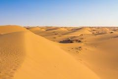 Les dunes de sable dans le Maranjab abandonnent, près de Kashan, l'Iran Image libre de droits