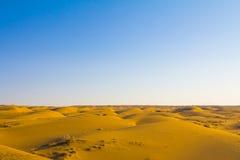 Les dunes de sable dans le Maranjab abandonnent, près de Kashan, l'Iran Images stock