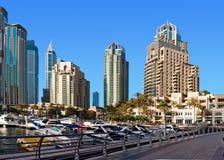 LES EAU - 4 JUIN : La zone résidentielle de la marina de Dubaï Photographie stock