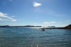 Les eaux étonnantes du méditerranéen Image stock