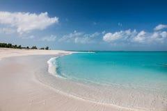 Les eaux bleues claires Image libre de droits