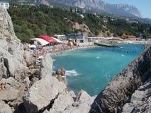 Les eaux bleues de Simeiz Photos stock