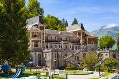 Les eaux-Bonnes, een toevlucht van het bergkuuroord in de Franse Pyreneeën Stock Foto's