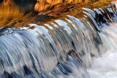 Les eaux brillantes Photo libre de droits
