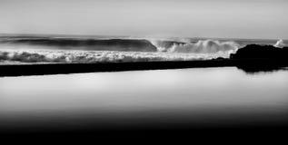 Les eaux contrastantes Images stock