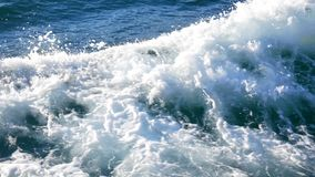 Les eaux d'océan de tour de bateau banque de vidéos