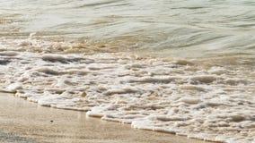 Les eaux de la mer, vagues de mousse banque de vidéos