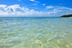 Les eaux de turquoise des Bahamas Images stock