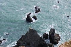 Les eaux rocheuses Images libres de droits