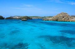 Les eaux transparentes dans le Pacifique Photos libres de droits