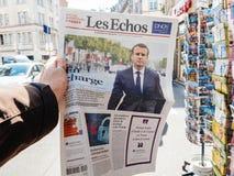 Les Echos Frankrike som anmäler presidents- inaugu för överlåtelseceremoni Royaltyfri Fotografi
