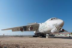 Les Emirats Arabes Unis, Dubaï, 07/11/2015, avion de charge abandonné sont partis dans le désert en Umm Al Quwains Photographie stock