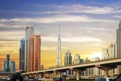 Les Emirats Arabes Unis , Sheikh Zayed Road Photo stock