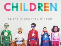 Les enfants apprécient le jeune concept d'âge de la vie Photos libres de droits