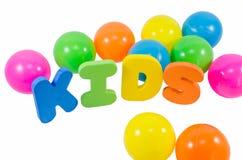 Les enfants de mots avec des boules Images libres de droits